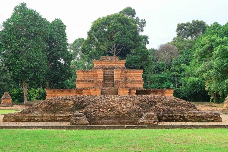 Candi muara takus kerajaan sriwijaya