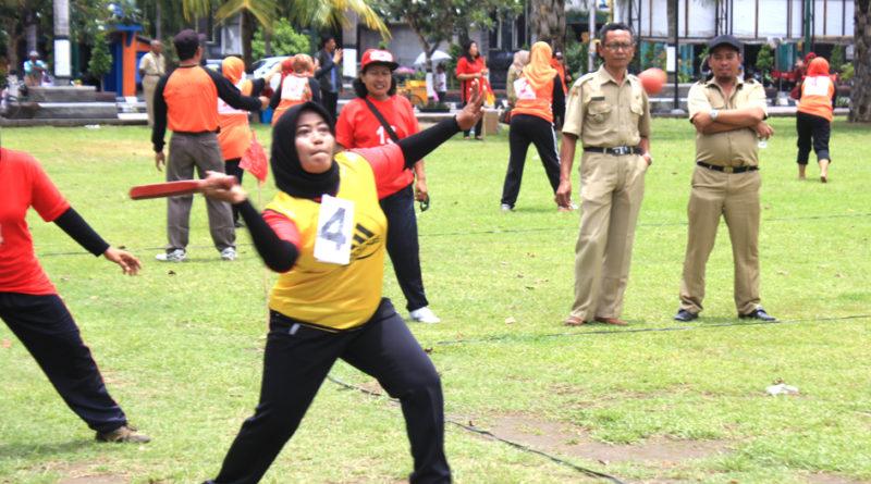 Sejarah Bola Kasti di Indonesia