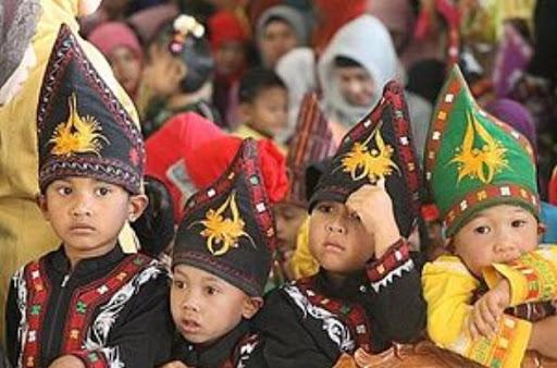 Pakaian Adat Aceh Anak