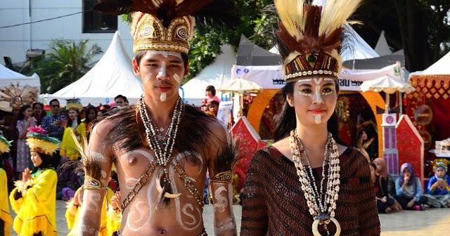 Pakaian Adat Papua