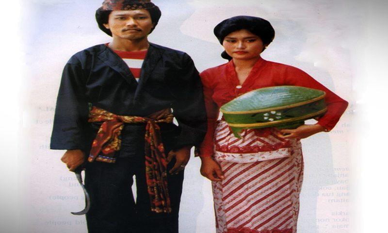 Daftar Pakaian Adat Jawa Timur Terlengkap Penjelasan ...