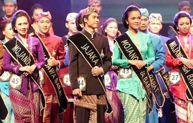 Jenis Pakaian Adat Jawa Barat