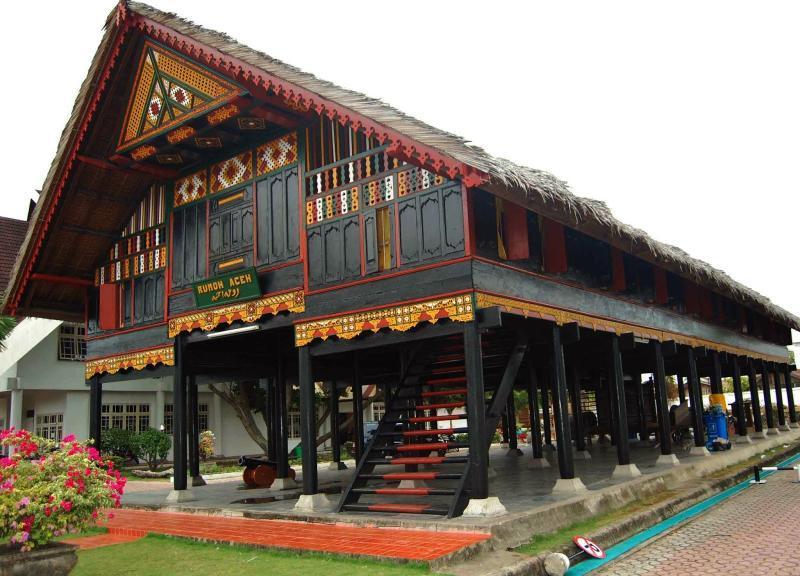 Ciri khas rumah adat Aceh