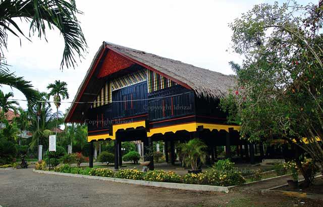 Tahapan pembangunan Rumah Aceh