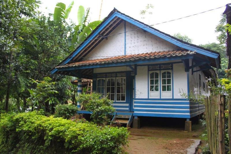 Rumah Adat Jolopong