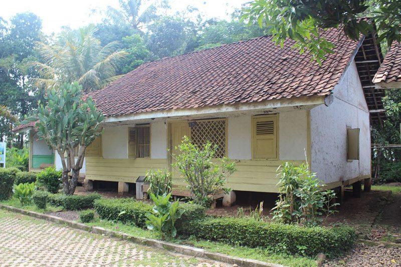 Rumah Perahu Kumureb